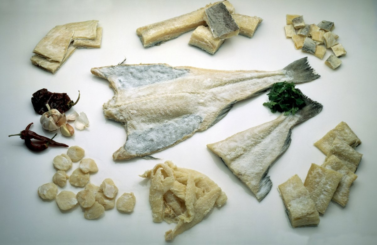 Different ways of making wet salted fish